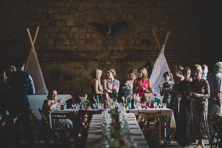 Lulubells-barn-wedding