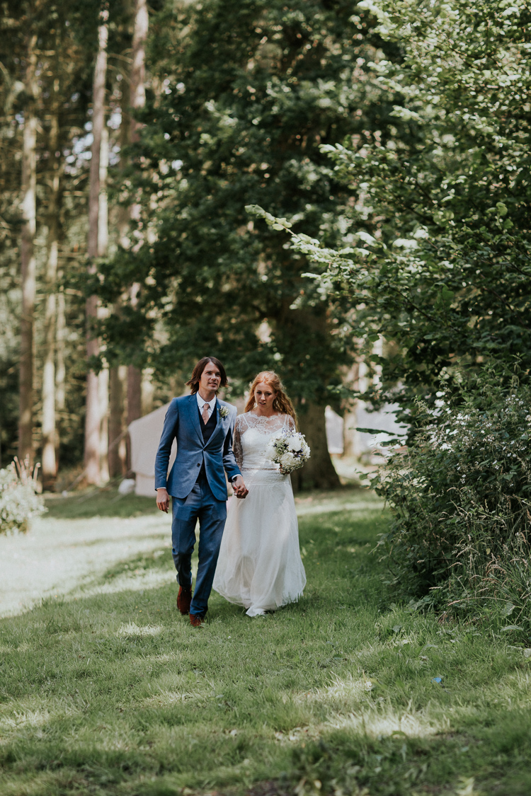 lulubells-glamping-wedding-wasing-park